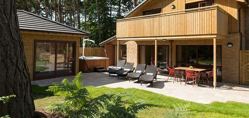 Private outdoor area in adapted Exclusive Lodge