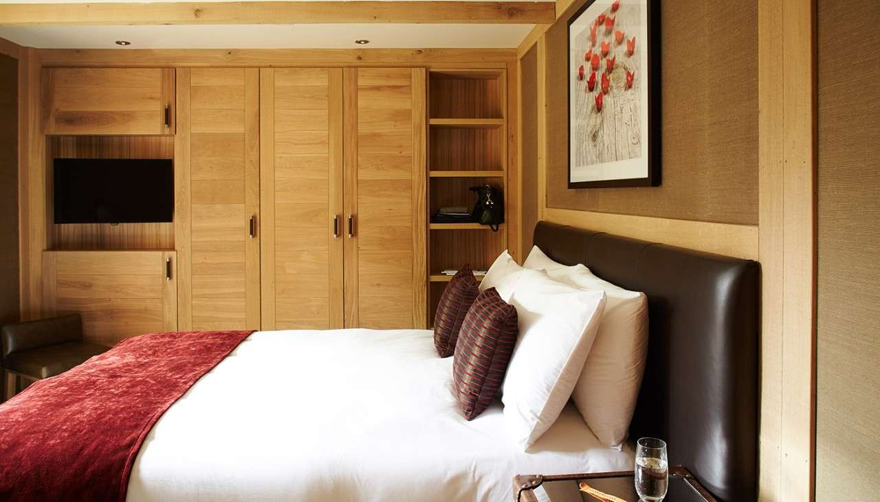 Luxury Treehouse Holidays And Breaks Hot Tub Games Room Center Parcs